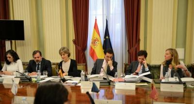 El Plan PIMA Residuos está dotado de 8,2 M€ que se destinarán a la puesta en marcha en las distintas comunidades autónomas de medidas para la mejora de la gestión de residuos, que repercutan también en una reducción de las emisiones de gases de efecto invernadero.