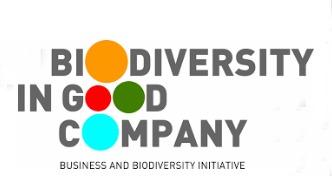 Los integrantes de Biodiversity in Good Company entienden por biodiversidad la «cartera de activos naturales» que comprende hábitats naturales, especies y su diversidad genética y reconocen que tanto el avance rápido de la pérdida de biodiversidad como el cambio climático son riesgos importantes para la sociedad y la industria, ya que amenaza las capacidades intrínsecas de los ecosistemas.