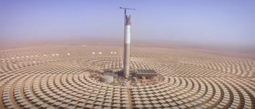El proyecto de energía solar concentrada (Concentrated Solar Power, CSP) de Noor Ouarzazate (Marruecos) tiene el el objetivo de suministrar energía a más de 1 millón de marroquíes para 2018 y ayudar a Marruecos a producir un 42 % de su energía con fuentes renovables para 2020.